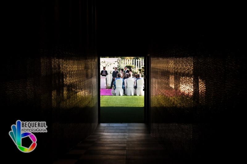 Mª Ángeles y Jesús, fotógrafo de bodas en Aura Restaurante de Zaragoza 1